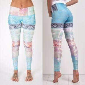 Teeki   Tarot Magik Yoga Leggings Hot Pants   L